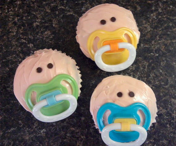 38818-Pacifier-Cupcakes